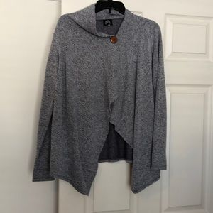 Fleece wrap sweatshirt size Medium